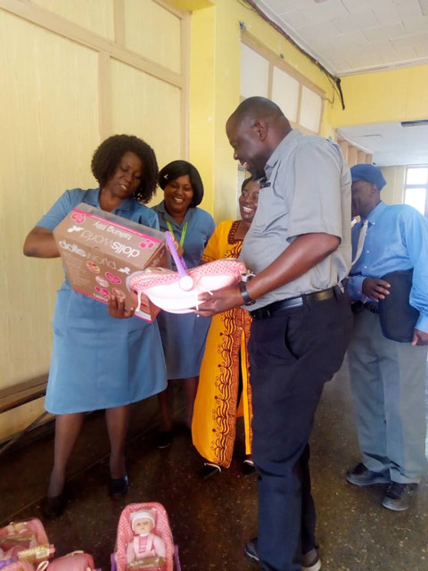With Senior Medical superintendent who that morning had been briefing his staff he would like each ward to have a play centre and that afternoon we arrived with brand new toys.